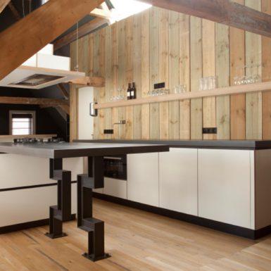 Boerderij Aalsmeer ontworpen door interieurontwerper Cris Van Amsterdam.
