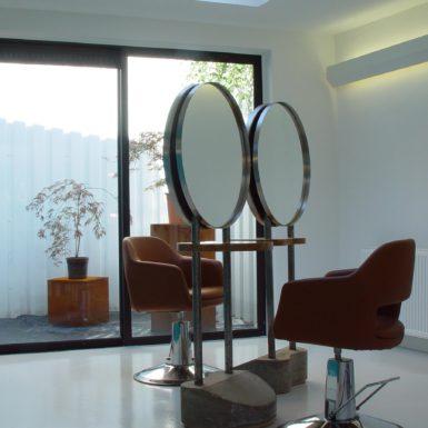 Kapper in Amersfoort ontworpen door interieurontwerper Cris Van Amsterdam.
