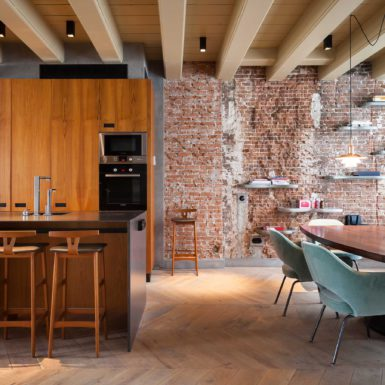 Deze twee Rokin Appartementen zijn ontworpen door interieurontwerper Cris van Amsterdam.